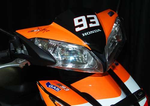 Honda-CBR150R-Blade-Champion-Edition-2